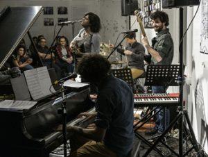 yousif-yaseen-live-at-corners
